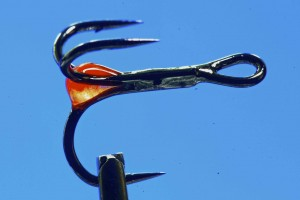 UV FLY PAINT from Loon on tube fly hooks